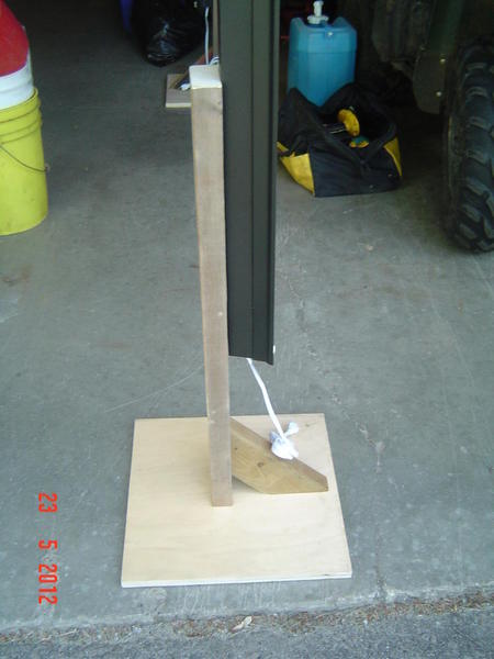 4 Black Light Fixture Stand