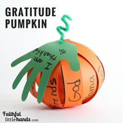Gratitude-Pumpkin-Kids-Thanksgiving-Craft-2-768x768