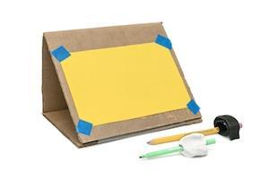 Cardboard_Easel-CMA-