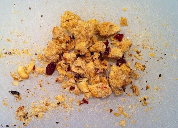 03_c5-biscotti-crumbs
